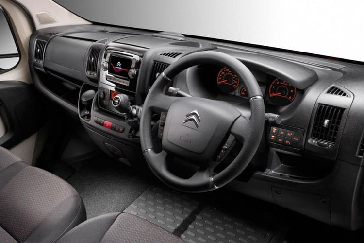 Citroen Relay 35 L3 2.2 BlueHDi FWD 165PS Ready to Run Plus Dropside Double Cab Manual [Start Stop] inside view