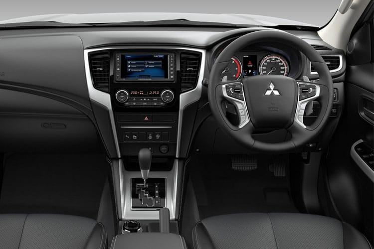 Mitsubishi L200 Pick Up Double Cab 4wd 2.2 DI-D 4WD 150PS Barbarian Pickup Double Cab Auto [Start Stop] inside view